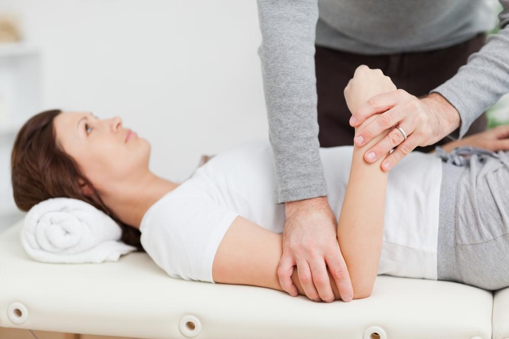 Массаж локтевого сустава препараты способствующие восстановлению регенерации хрящевой ткани суставов
