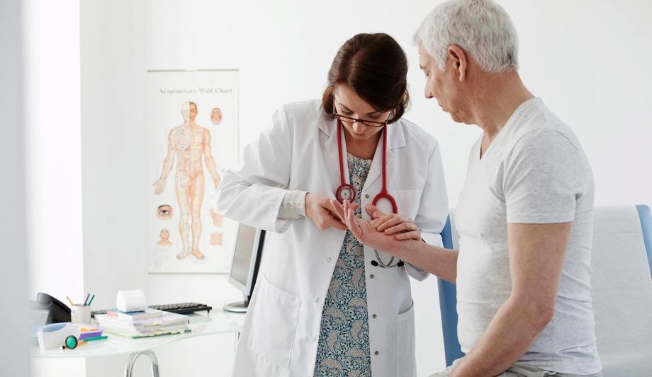 Какие анализы на прием к ревматологу