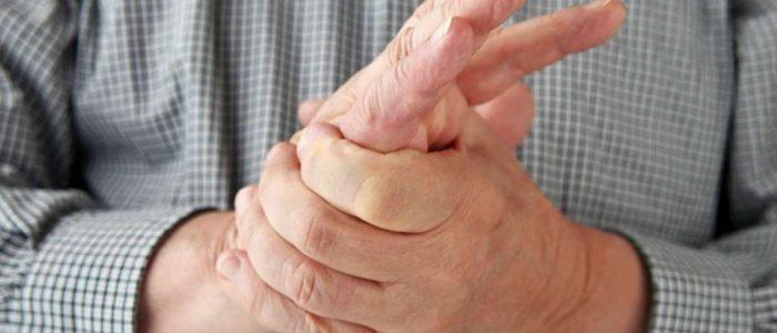 onemenie-ruk-i-nog-ot-osteohondroza-700x300