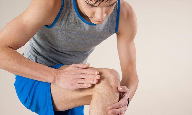 Слабость в коленном суставе рука вылетает из плечевого сустава